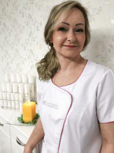 Alena Lysá, Kozmetický Salón Alysa